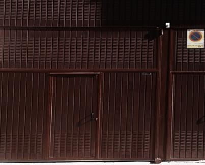 Puertas para almacenes